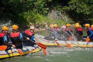 Canyoning, 2 Boote spritzen sich an, TVB Wilder Kaiser