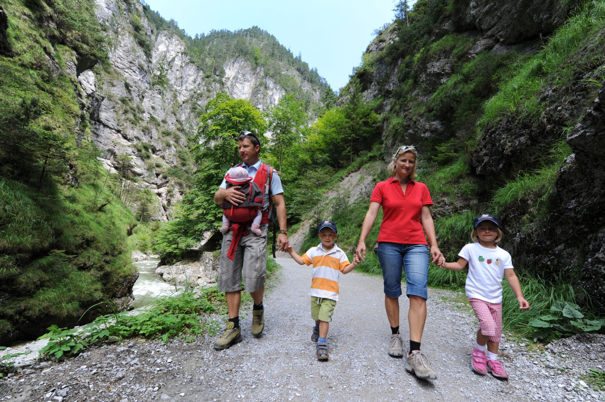 Familienwanderung in der Kundler Klamm, © Alpbachtal Seenland Tourismus
