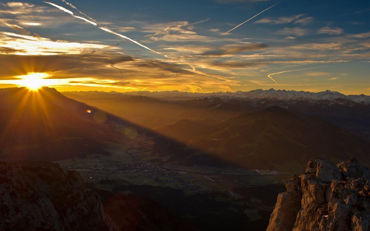 Landschaft am Sonnenaufgang, Wilder Kaiser © Roland Schonner