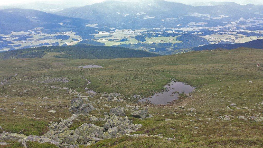 Ausblick und kleine Bergseen, © ÖWD, Elisabeth Pfeifhofer