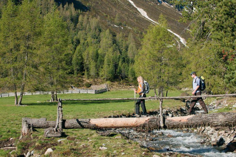 Wandern auf der Tumpenalm, © Ötztal Tourismus, Bernd Ritschel