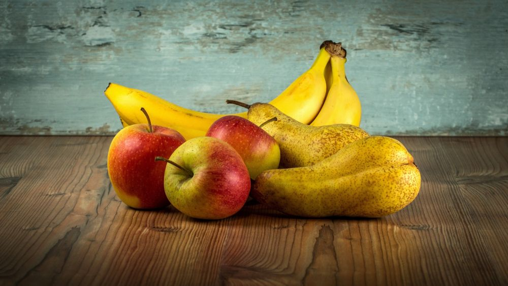 Frisches Obst, Banane, Apfel, Birne; pixabay