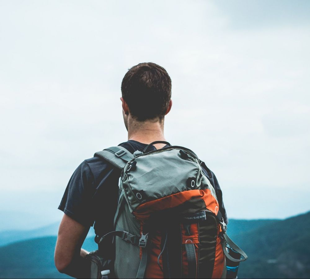 Wanderer mit Rucksack, Pixabay