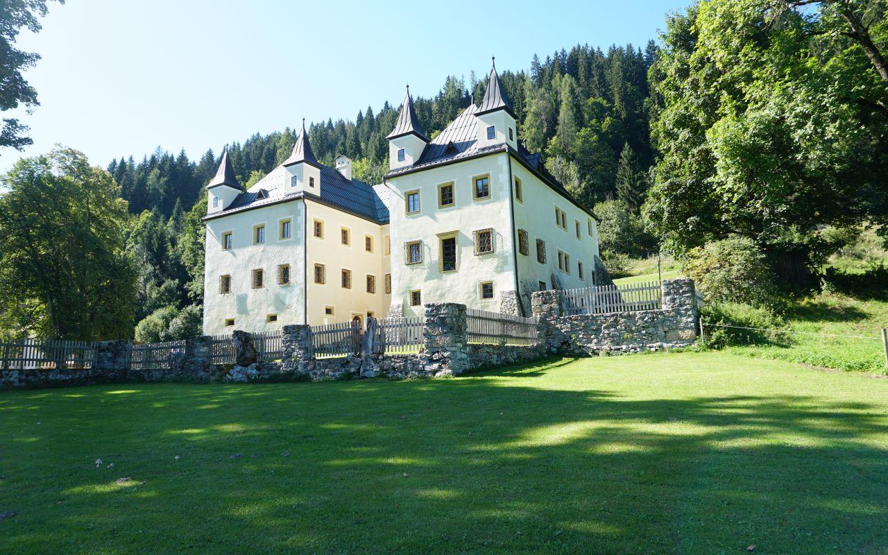 SchlossHöch(c)wanderdörfer_KN
