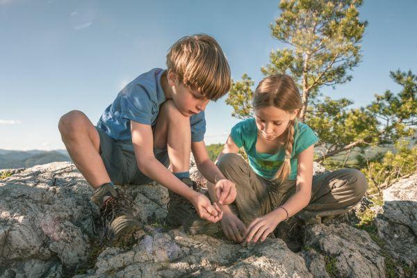 Spielend Wandern, Outdoor Spiele, Stein und Fels ©ÖWD, Tim Ertl
