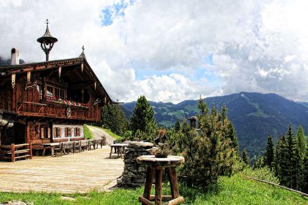 Hütte im Alpbachtal, Pixabay