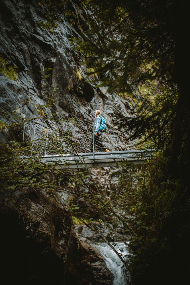 50m lange Seilbrücke beim Riesachfall