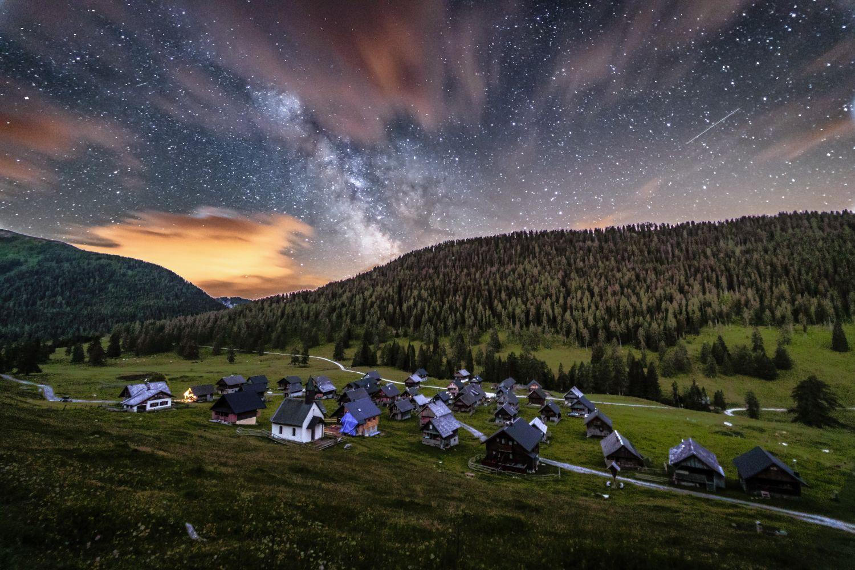 """Die Bezeichnung """"Herbsthimmel"""" gibt es nicht umsonst. Nie ist der Sternenhimmel klarer zu sehen als zu dieser Jahreszeit."""