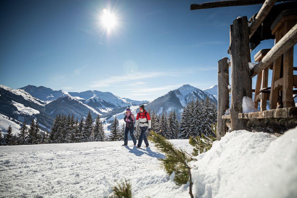 saalbach-winter-winterwandern-© Saalbach Hinterglemm, mirja-geh