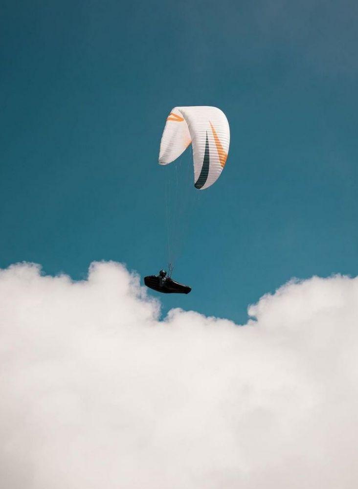 Paraglider beobachten
