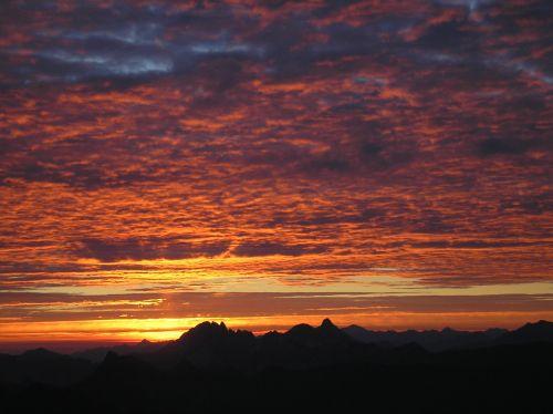 Das Farbenspiel am Sonnenaufgang ist einzigartig