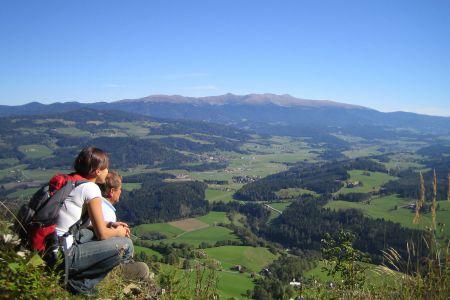 Blick auf die Seetaler Alpen, © TVB Naturpark Zirbitzkogel-Grebenzen